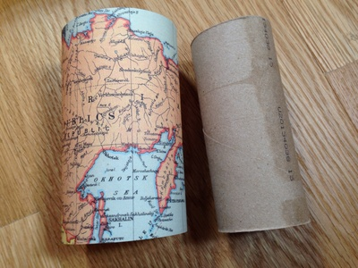 Cardboard tube gift box, toilet roll tube gift box, TP roll gift box, toilet paper tube crafts, cardboard tube crafts, world map gift box, world map craft