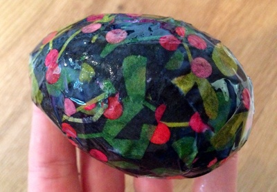 Decoupage egg, patterned tissue paper Easter egg, homemade Easter egg, covering plastic eggs, decoupage plastic eggs