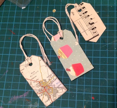 gift tag, muffins