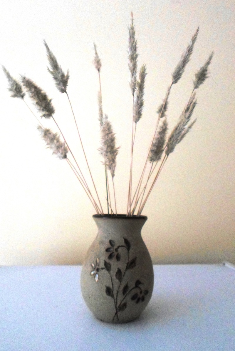 Brown weeds  - Decorating With Natural Materials